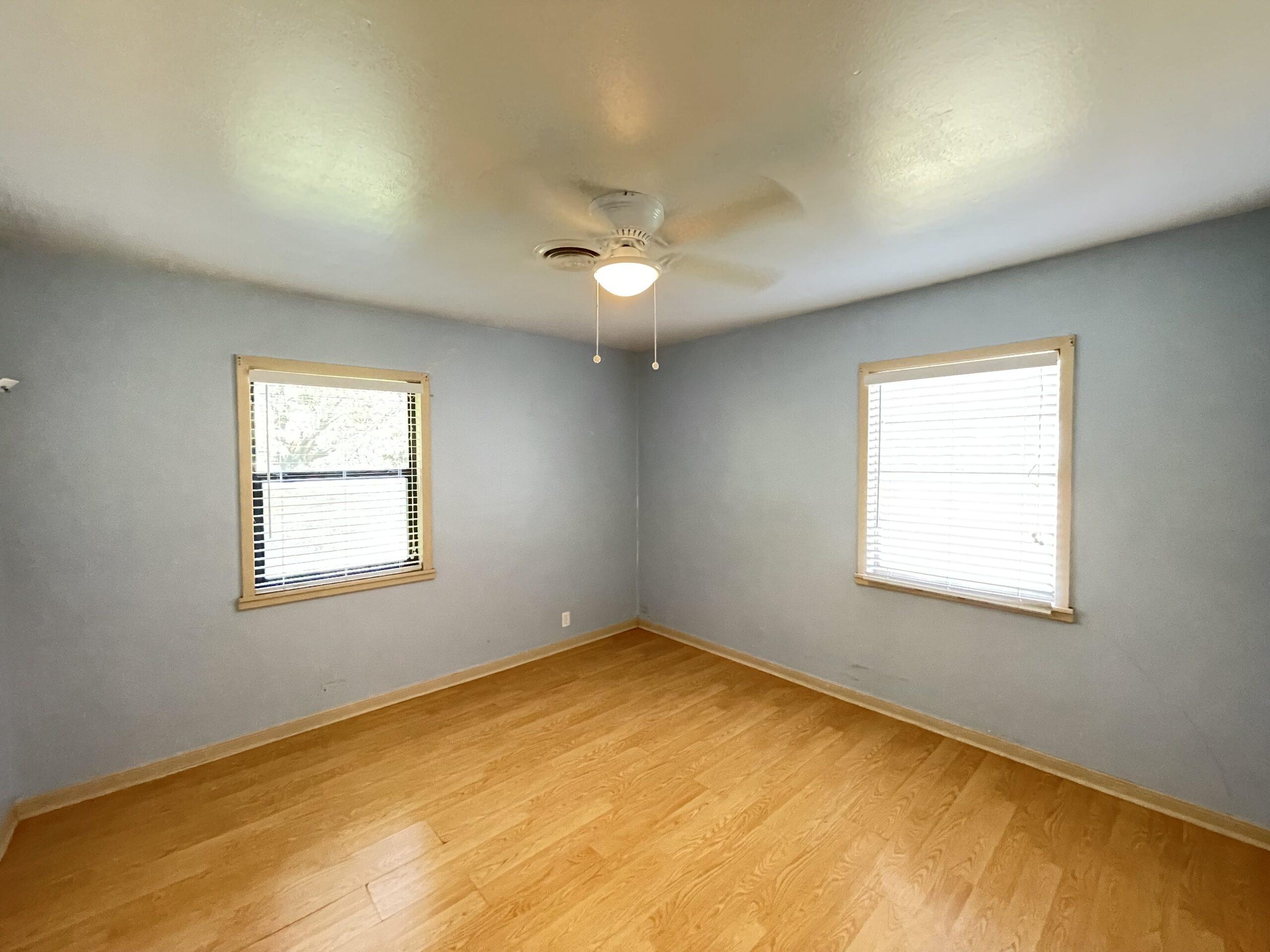1206 Sissom - Front Bedroom